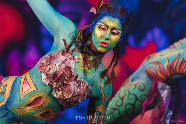 body painting spectacle à Paris EMAJINARIUM
